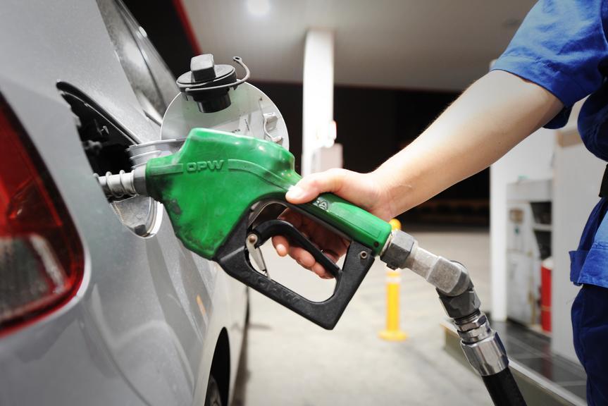 油价调整最新消息:感谢川普 后天加满可省15块多