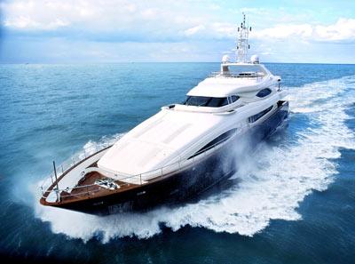 全球顶级游艇_文 环球企业家记者 陈丹琼 全球顶级奢侈品的游艇行业出现了一种古怪