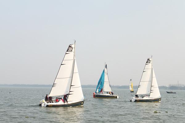 2013冬季淀山湖博纳多帆船赛完美收官