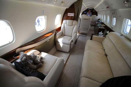 私人飞机内饰-昆明暴恐案 8人团伙有3人其实早已落网
