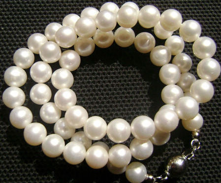 海南珍珠饰品价格悬殊 以次充好