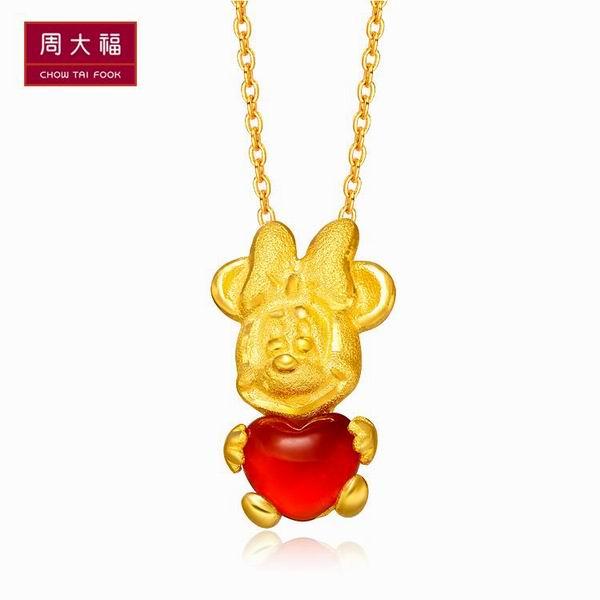 周大福迪士尼经典系列黄金吊坠图片_珠宝图片