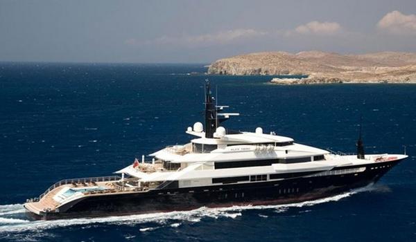 豪华的海上宫殿 1.9亿美元阿尔法Nero超级游艇
