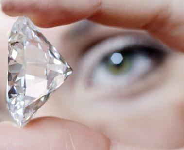 合成钻石市场肆虐 足以以假乱真