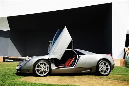 2014凯迪拉克设计艺术大展 概念车与古董车的碰撞高清图片