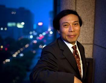 唐骏给700万结业生提倡议:要充沛应用联系