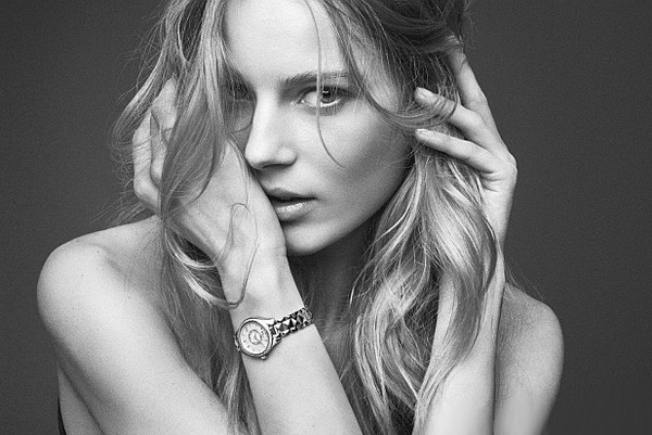 Dior(迪奥)推出「Dior VIII Montaigne」系列腕表