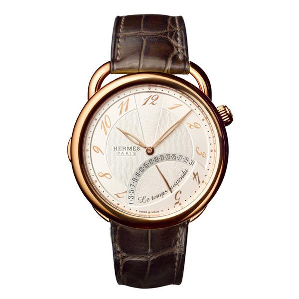 爱马仕推出「Arceau暂停时间」系列玫瑰金腕表
