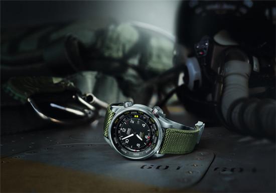 Oris(豪利时)发布全新大表冠飞行员海拔测量腕表