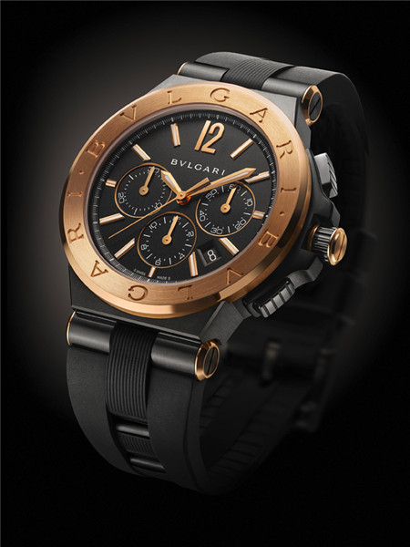 Bvlgari(宝格丽)推出全新「Diagono Ultranero」腕表