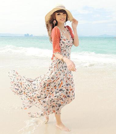 夏季女生衣服搭配:沙滩裙搭配什么上衣?