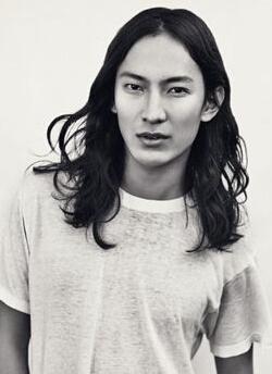 王大仁(Alexander Wang)_王大仁设计师_王大仁图片资料大全