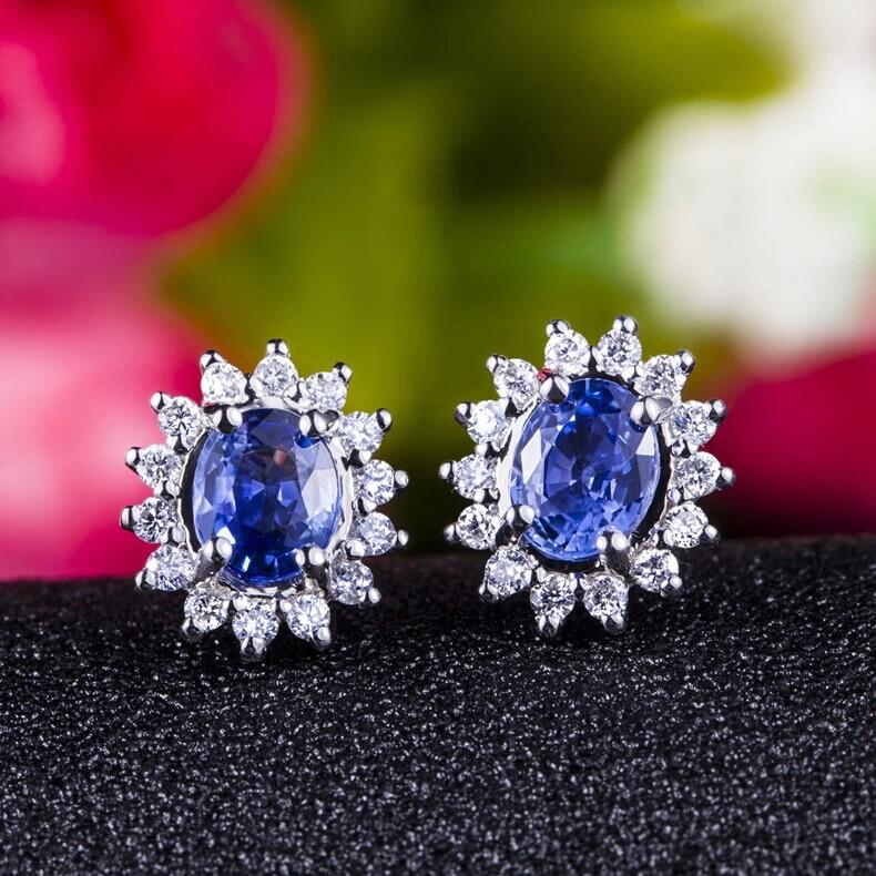 宝石类型: 蓝宝石    款式: 耳环    镶嵌材质: k黄金镶嵌宝石图片