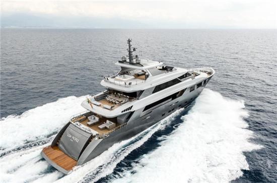 意大利Tecnomar发布「Low Profile」40米豪华游艇