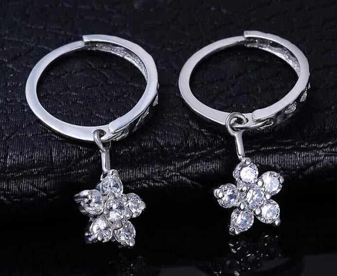 鑫万福18K白金30分天然南非钻石耳环图片_珠宝图片