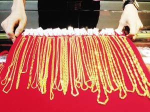 黄金饰品价格再次走低 促进了金消费