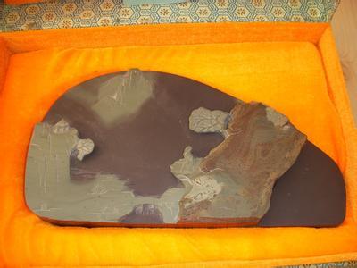 石应含有一定量粉砂级碎屑矿物,如 -贺兰石是什么 贺兰石价格 贺兰图片