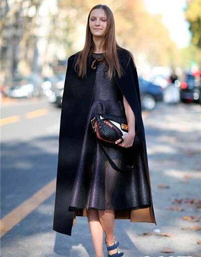 初秋女生服裝搭配:超長風衣如何搭配顯高瘦?圖片