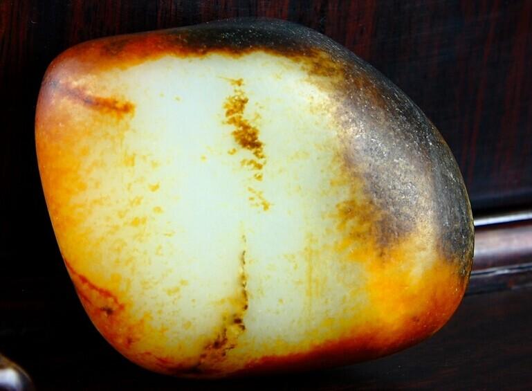 和田玉籽料原石价格 和田玉籽料原石价格最新资讯,和田玉籽料原石