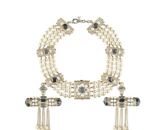 Chanel发布2015早春度假系列珠宝配饰