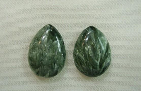 什么是绿龙晶_绿龙晶价格_绿龙晶的功效和作用_绿龙晶的寓意