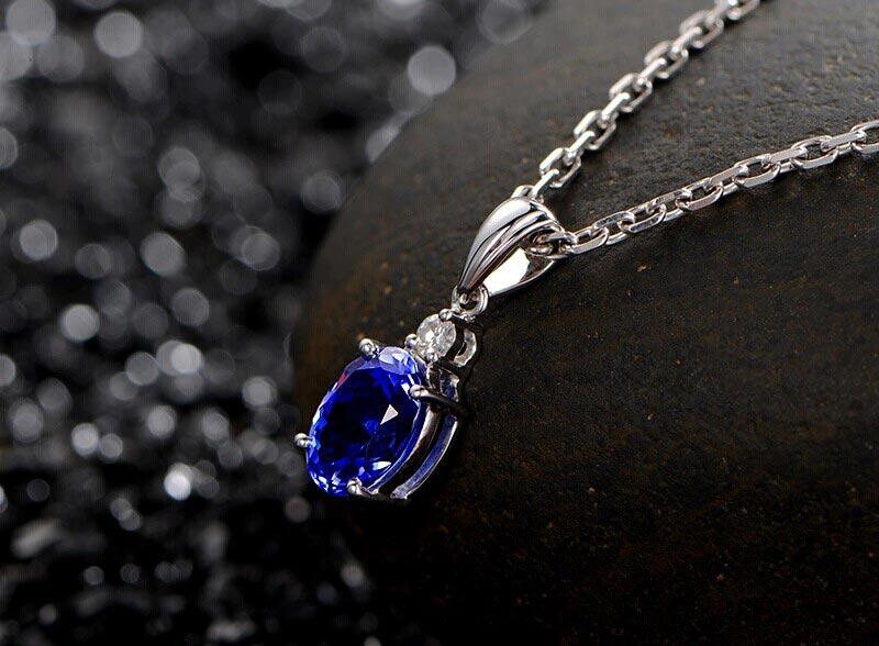 米莱珠宝2.2克拉坦桑石吊坠图片_珠宝图片