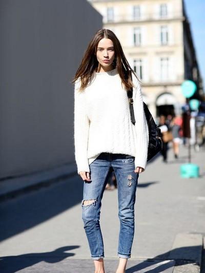 时尚潮人穿衣搭配技巧示范 毛衣配紧身裤舒服又显瘦
