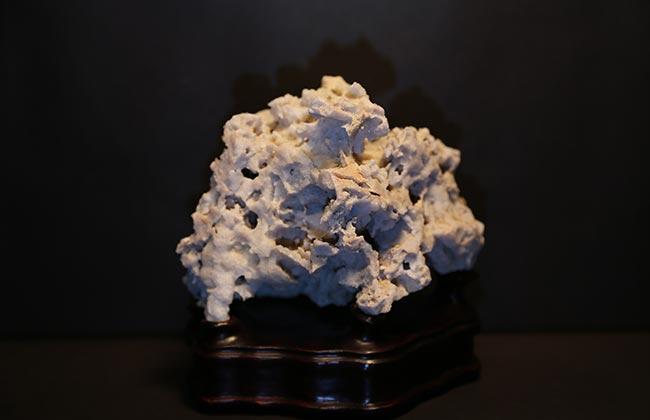 昆山石收藏价值_昆山石种类_昆山石成分_昆山石成因