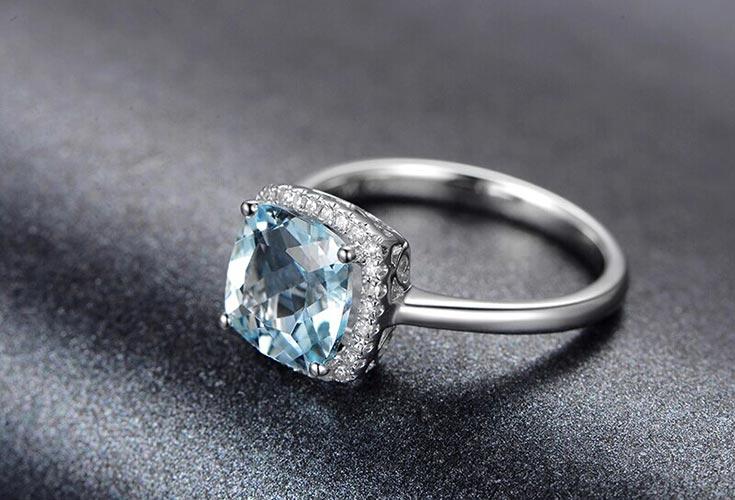 米莱珠宝2.35克拉海蓝宝戒指图片_珠宝图片