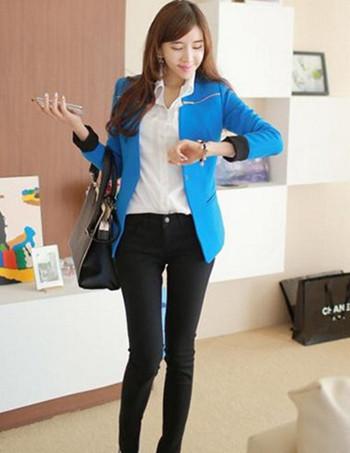 蓝色小西装怎么搭配_蓝色小西服搭配_蓝色小西服搭配设计