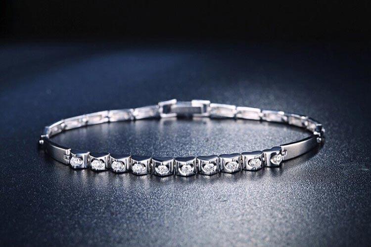 佐卡伊珠宝白18k金天然南非圆钻石手链图片_珠宝图片