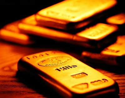 美数据狂轰乱炸 黄金价格不为所动