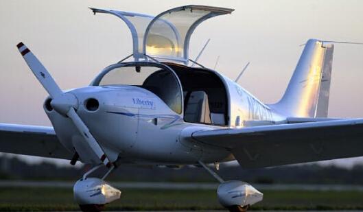 Liberty XL2:世界最先进的碳纤维轻型私人飞机之一