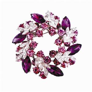 钻石胸针 打破冬季配饰常规的呆板