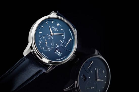 格拉苏蒂推出两款全新原创偏心月相腕表