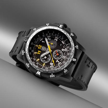 Luminox推出全新国家侦察队队长专用型号腕表