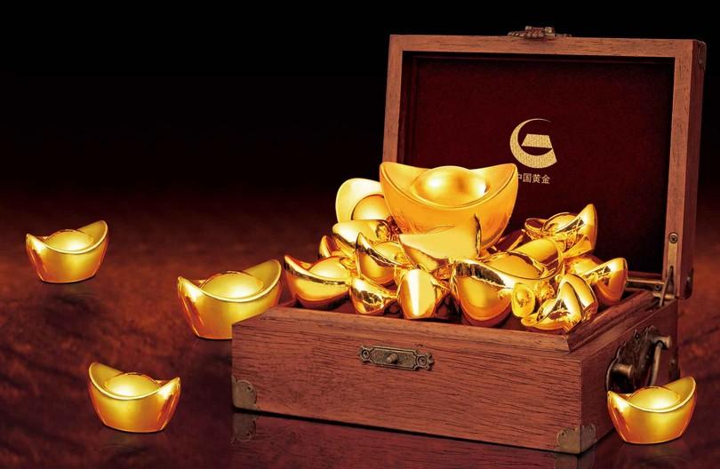 美元走软股市下跌 黄金下跌持稳