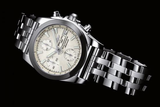 百年灵推出全新机械计时38丽致版腕表