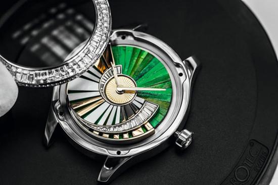 迪奥推出VIII Grand Bal系列推出两款全新腕表