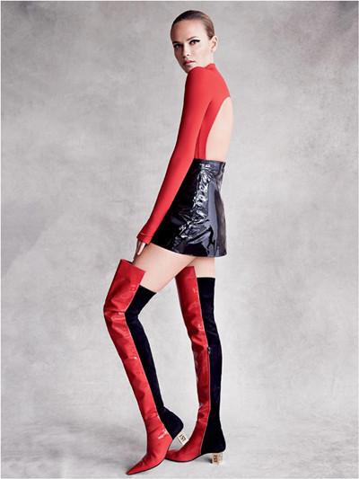超模natasha poly为《vogue》杂志拍摄时尚大片图片