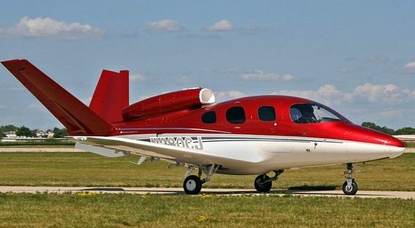 国产飞机崛起 产品走向世界为期不远