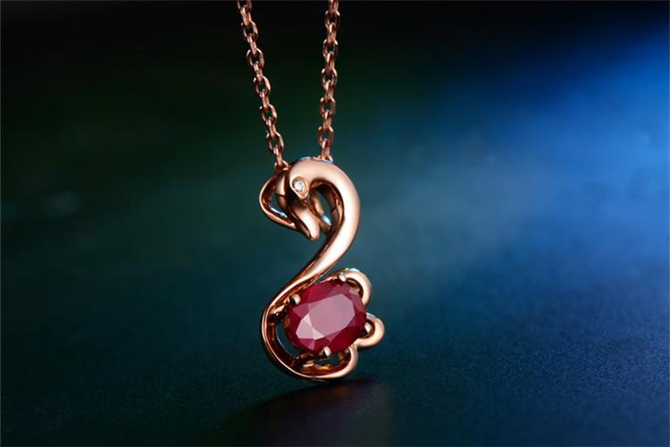 恒久之星珠宝白18K金天鹅红宝石钻石吊坠_珠宝图片