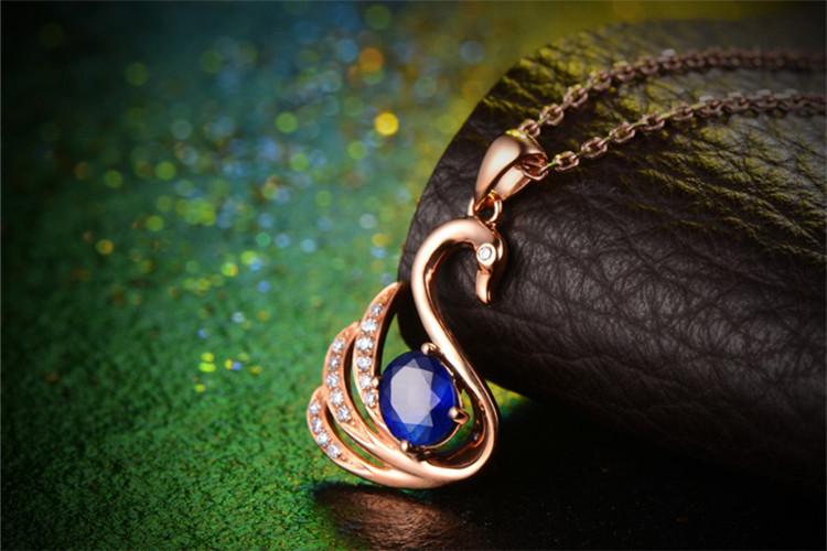 恒久之星珠宝白18K金天鹅蓝宝石钻石吊坠_珠宝图片