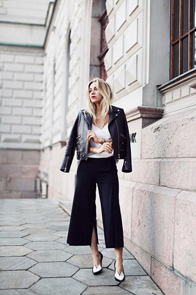 欧美潮人时尚街拍示范 阔腿裤展现现代摩登型格