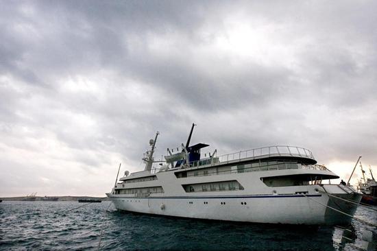 烧钱的无底洞:2.5亿萨达姆私人定制游艇