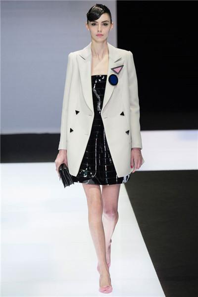 Emporio Armani于米兰时装周发布2016秋冬系列