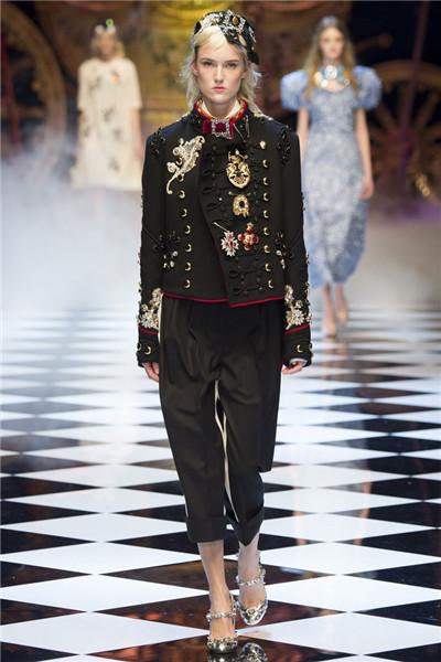杜嘉班纳于米兰时装周发布2016秋冬系列