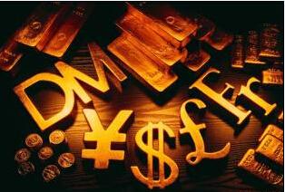 黄金一直维持上涨势头 有望能突破至1400