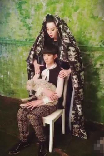 范冰冰王源拍写真 范爷造型神似圣母玛利亚