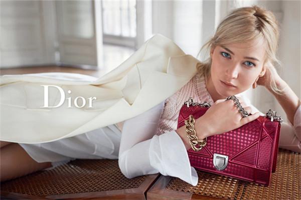 Dior(迪奥)发布全新春夏箱包广告大片